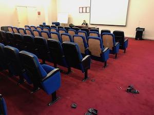 konferans salonu koltuk tamiri